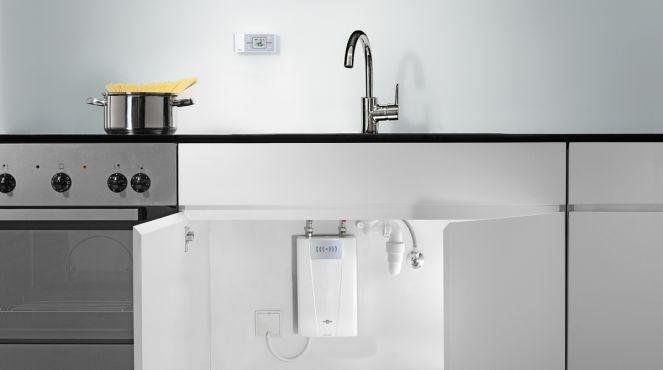 chauffe eau lectrique instantan quel est le meilleur tests et avis. Black Bedroom Furniture Sets. Home Design Ideas